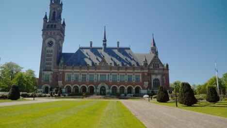 Peace-Palace-In-The-Hague