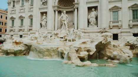 Trevi-Fountain-In-Rome