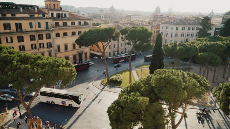 Cars-And-Buses-in-Piazza-Venezia-Rome