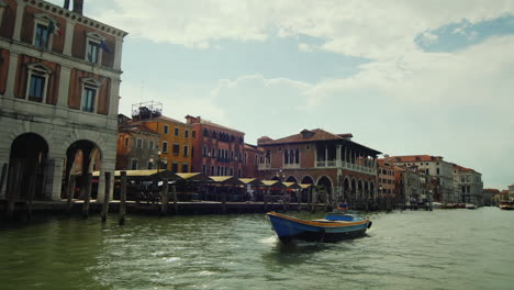 Venice-Fish-Market-by-Grand-Canal