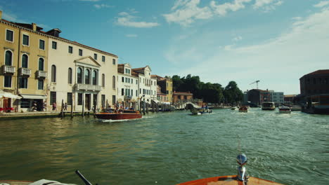 Sailing-on-Busy-Venice-Canal