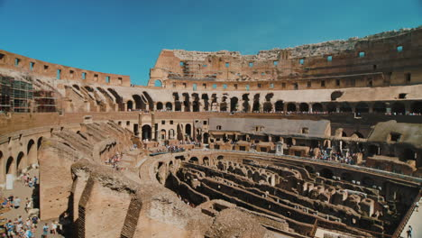 Rome-Colosseum-Interior-Pan