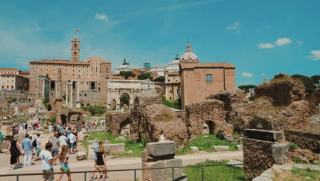 Ancient-Forum-in-Rome