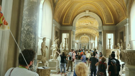 Visitors-in-Vatican-Museum-Gallery
