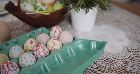 Easter-Eggs-In-Extruder-On-Decorated-Table-2