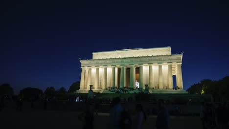 Lincoln-Memorial-at-Nightfall-Timelapse-