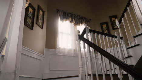 Sunny-Staircase-In-Typical-American-House