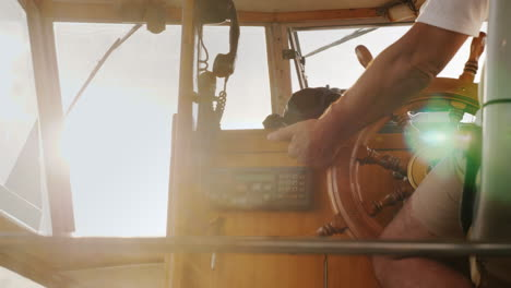 Boat-Steering-Wheel-and-Sun-Flare