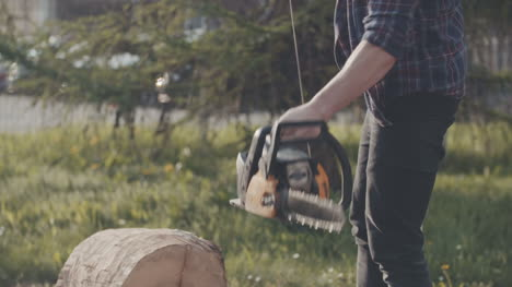 Cutting-Wood-With-Chainsaw