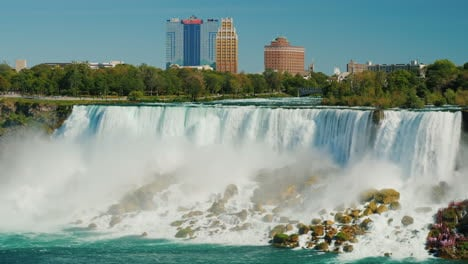 Buildings-Overlooking-Niagara-Falls
