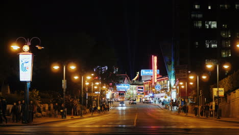 Clifton-Hill-by-Niagara-Falls-at-Night