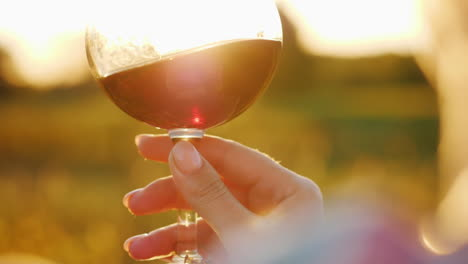 Wine-Glass-at-Sunset