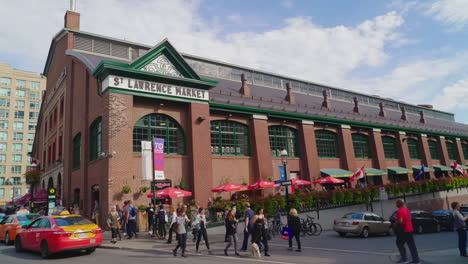 St-Lawrence-Market-In-Toronto