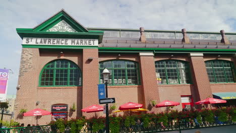 St-Lawrence-Market-In-Toronto-Canada