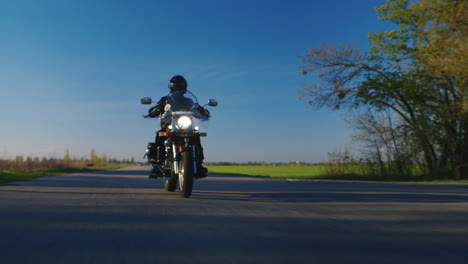 Biker-On-The-Road---The-Extreme-Lower-Point-Shooting-Hd-Video