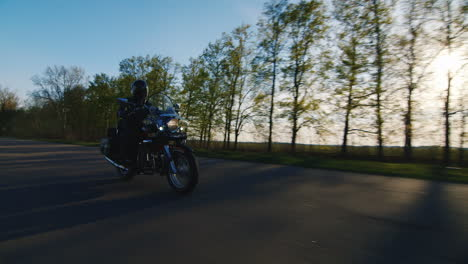 Series-Of-4-Video-Traveling-By-Bike-On-Country-Roads-Hd-Video