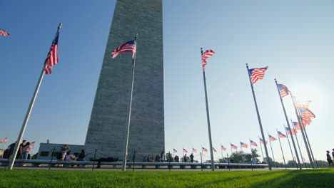 People-at-Base-of-Washington-Monument