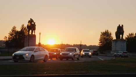 Cars-On-Arlington-Memorial-Bridge-At-Sunset
