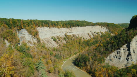 Genesee-Gorge-in-Letchworth-State-Park