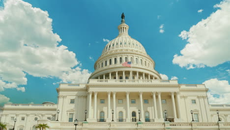 Clouds-Pass-Over-US-Capitol-Building-
