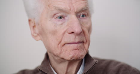 Portrait-Of-Senior-Man-Retirement