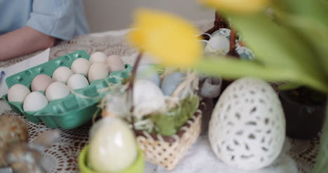 Happy-Easter-Easter-Eggs-Decorations-On-Table-1