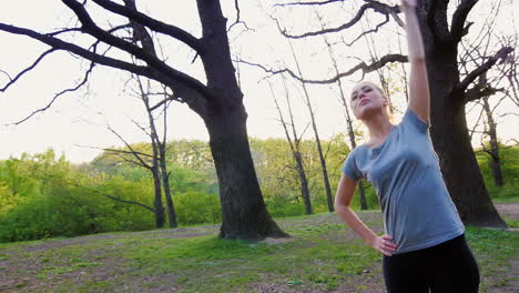 Young-Woman-Doing-Workout-In-The-Park