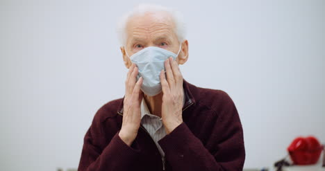 Old-Man-Wearing-Mask-Against-Coronavirus-3
