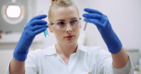 Female-Scientist-Looking-For-A-Cure-For-Coronavirus-1