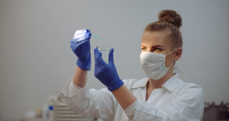 Female-Scientist-Looking-For-A-Cure-For-Coronavirus-3
