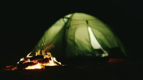 The-Tent-In-Which-The-Light-Shines-Near-The-Fire-Burning-Romance-And-Relaxation-In-Nature
