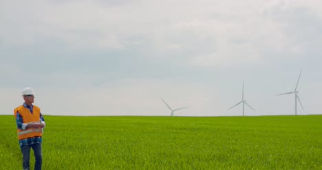 Wind-Turbine-Inspection-At-Windmill-Farm-6