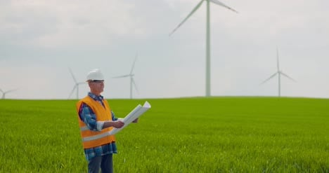 Wind-Turbine-Inspection-At-Windmill-Farm-8