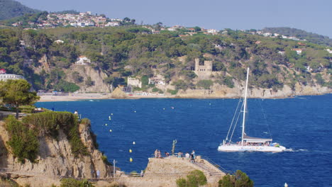 Bay-A-Popular-Resort-On-The-Costa-Brava-One-Can-See-The-Beaches-Hotels-The-Bay-Comes-A-Large-Catamar