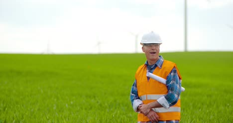 Wind-Turbine-Inspection-At-Windmill-Farm-14