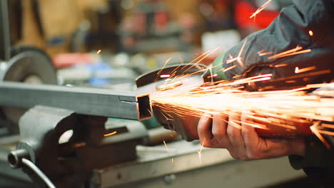 Falling-Spark-During-Cutting-Metal-With-Angle-Grinder-2