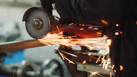 Falling-Spark-During-Cutting-Metal-With-Angle-Grinder-4