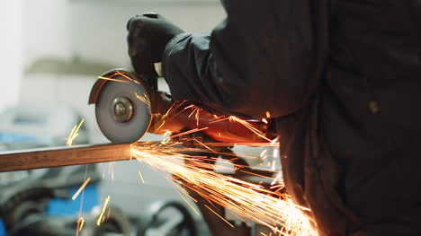 Falling-Spark-During-Cutting-Metal-With-Angle-Grinder-5