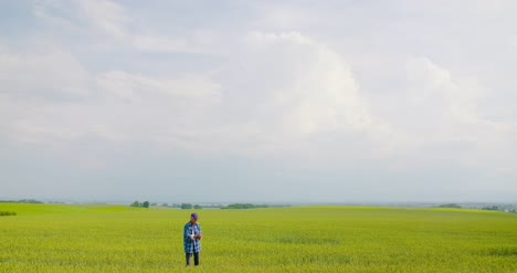Farmer-Working-At-Farm-Agriculture-5