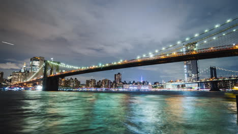 The-Two-Famous-Bridges-In-New-York-Are-The-Brooklyn-Bridge-And-The-Manhattan-Bridge