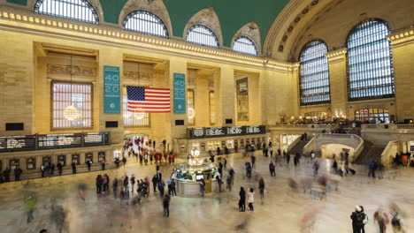 A-Crowd-Of-Passengers-Moves-Quickly-Around-The-Famous-Central-Station-Terminal-In-New-York
