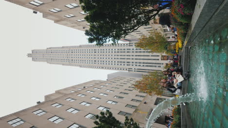 Vertical-Video-Of-People-Being-Photographed-Near-Rockefeller-Center