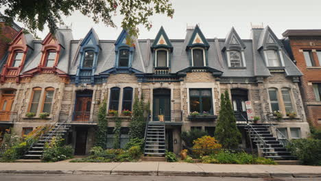 A-Street-With-Old-Victorian-Houses-In-Montreal-Canada