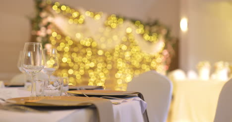 Luxury-Decorated-Table-Before-Party-Event-4