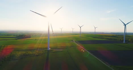 Wind-Turbines-In-Agricultural-Fields