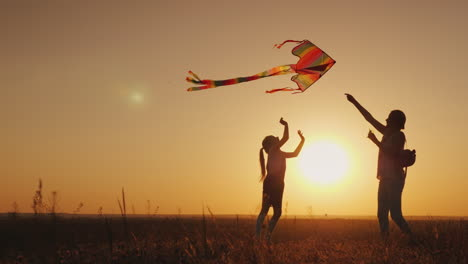 Mom-Plays-With-Her-Daughter-Carelessly-Launch-A-Kite-Happy-Life-Summer-Activity-Concept-4K-Video