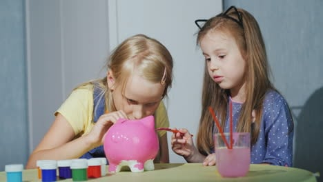 Two-Little-Girls-Play-Together-At-Home---Paint-The-Piggy-Bank-4K-Video