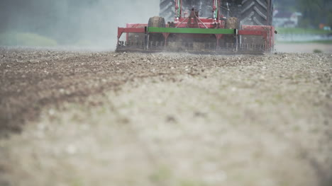 Agriculture-Food-Production-Planting-Corn-Harvest-Wheat-Tractor-Working-5