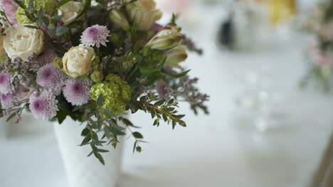 Fresh-Flowers-On-Table