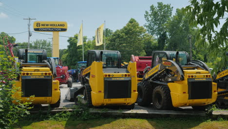 Shop-Selling-Agricultural-And-Construction-Equipment-Companies-New-Holland